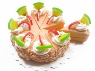DollHouse Miniature Food 1 Orange Fruit Top Cake 8 Cuts Slice 3.5 cm Supply Deco Charm   7890 Toys & Games