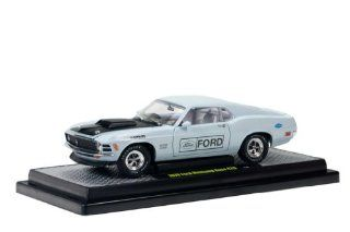 1970 Ford Mustang Boss 429 Diamond Blue 1/24 by M2 Machines 40200 28MU BL Toys & Games